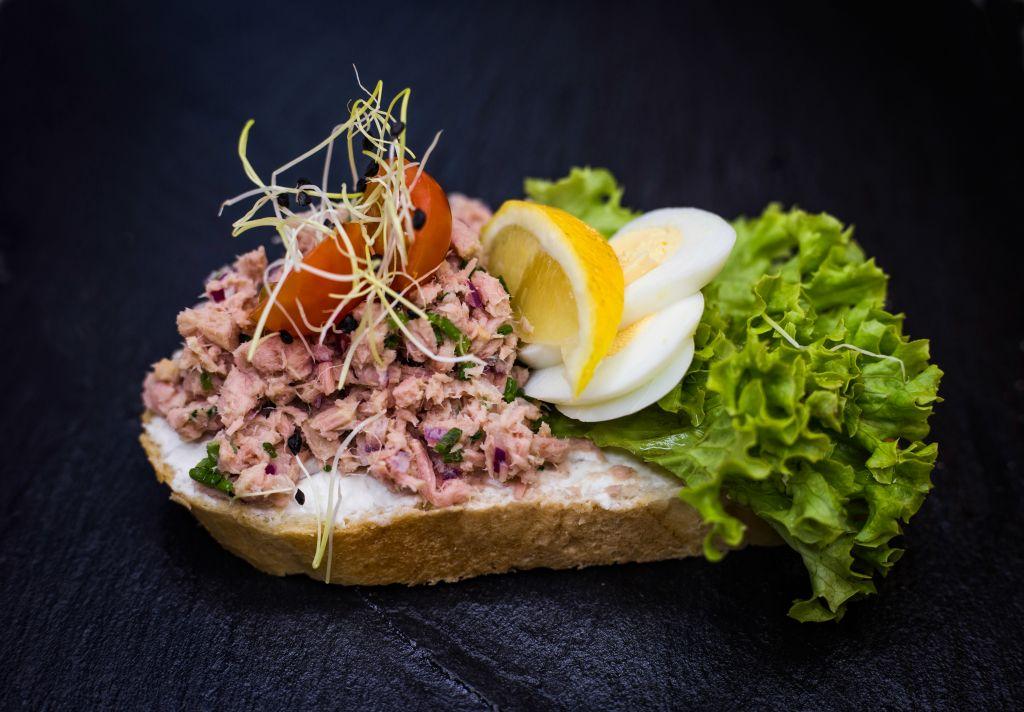 Obrázek - Tuňákový chlebíček